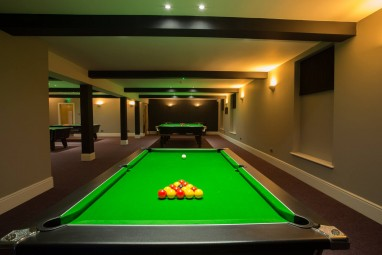 Pool & Snooker Club